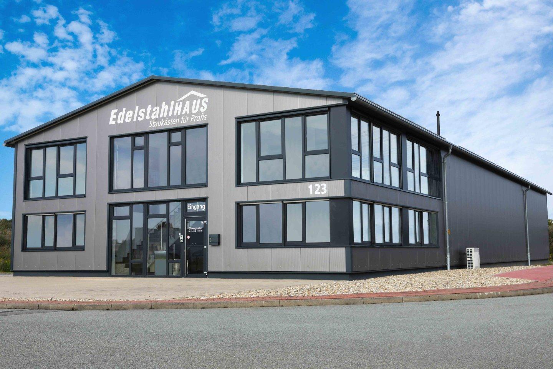 Gebäude Edelstahlhaus
